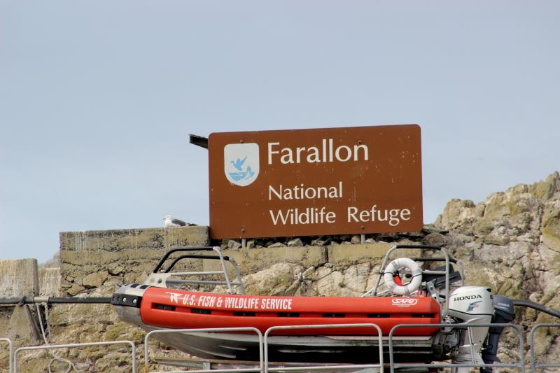 Farallon sign