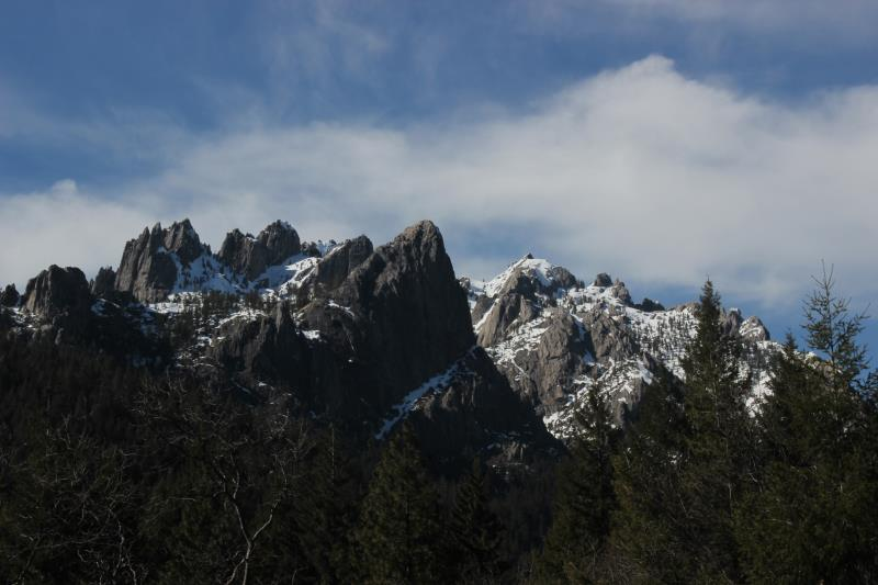 Castle Crags seen from Vista Point