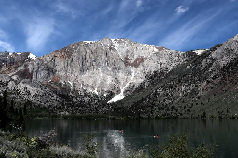 Convict Lake near start of loop