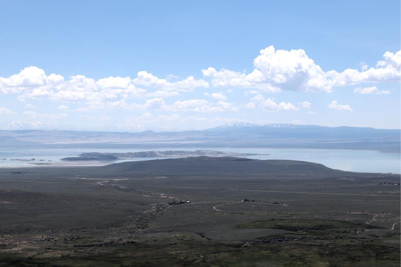 Mono Lake seen from Vista Point