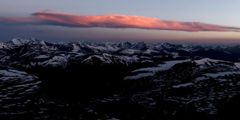 Pink cloud view from top of Bierstadt before sunrise