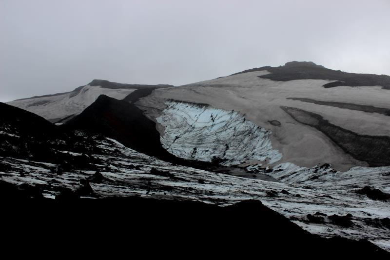 Glacier near high point on Fimmvörðuháls Trail