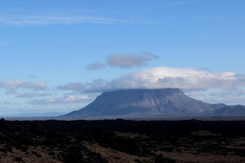 Herðubreið, a tuya (flat-topped, steep-sided volcano), seen leaving Askja