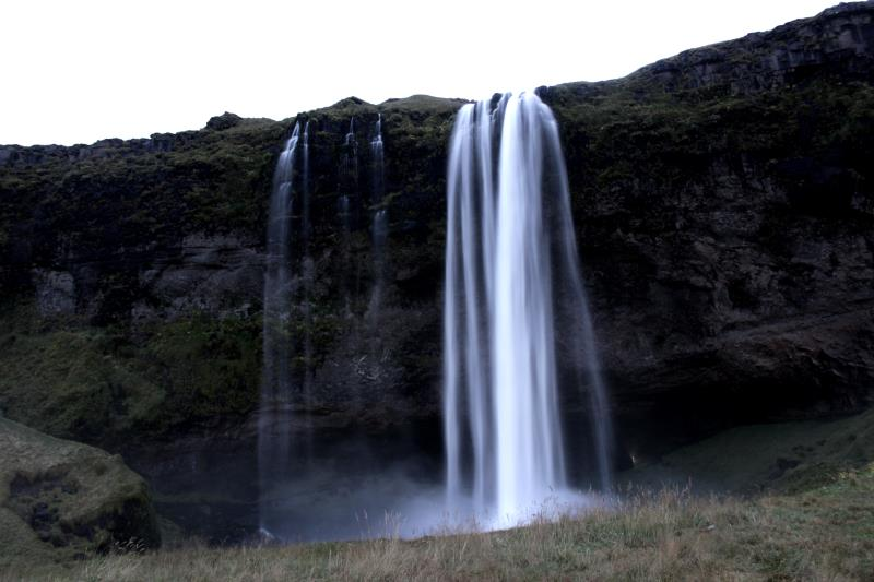 Seljalandsfoss after sunset in its entirety