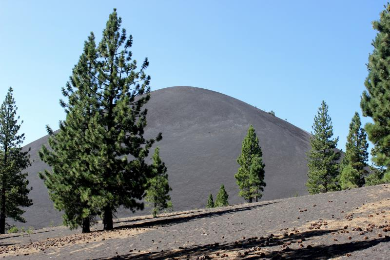 Cinder Cone seen from approaching it